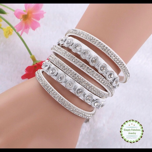 Simply Fabulous Jewelry Jewelry - SLAYING THE SPARKLE - WHITE